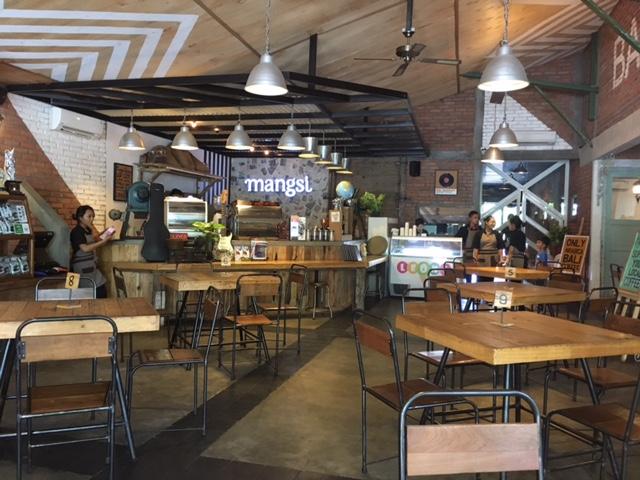 デンパサール カフェ