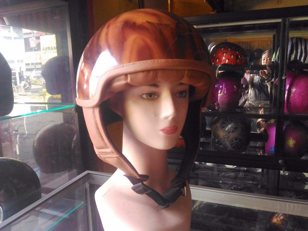 ヘルメット オーダー