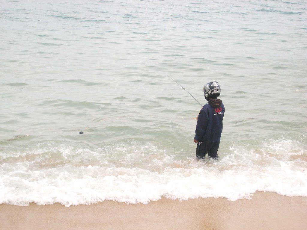 サヌールビーチ 釣り