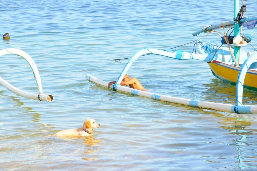 サヌールビーチ