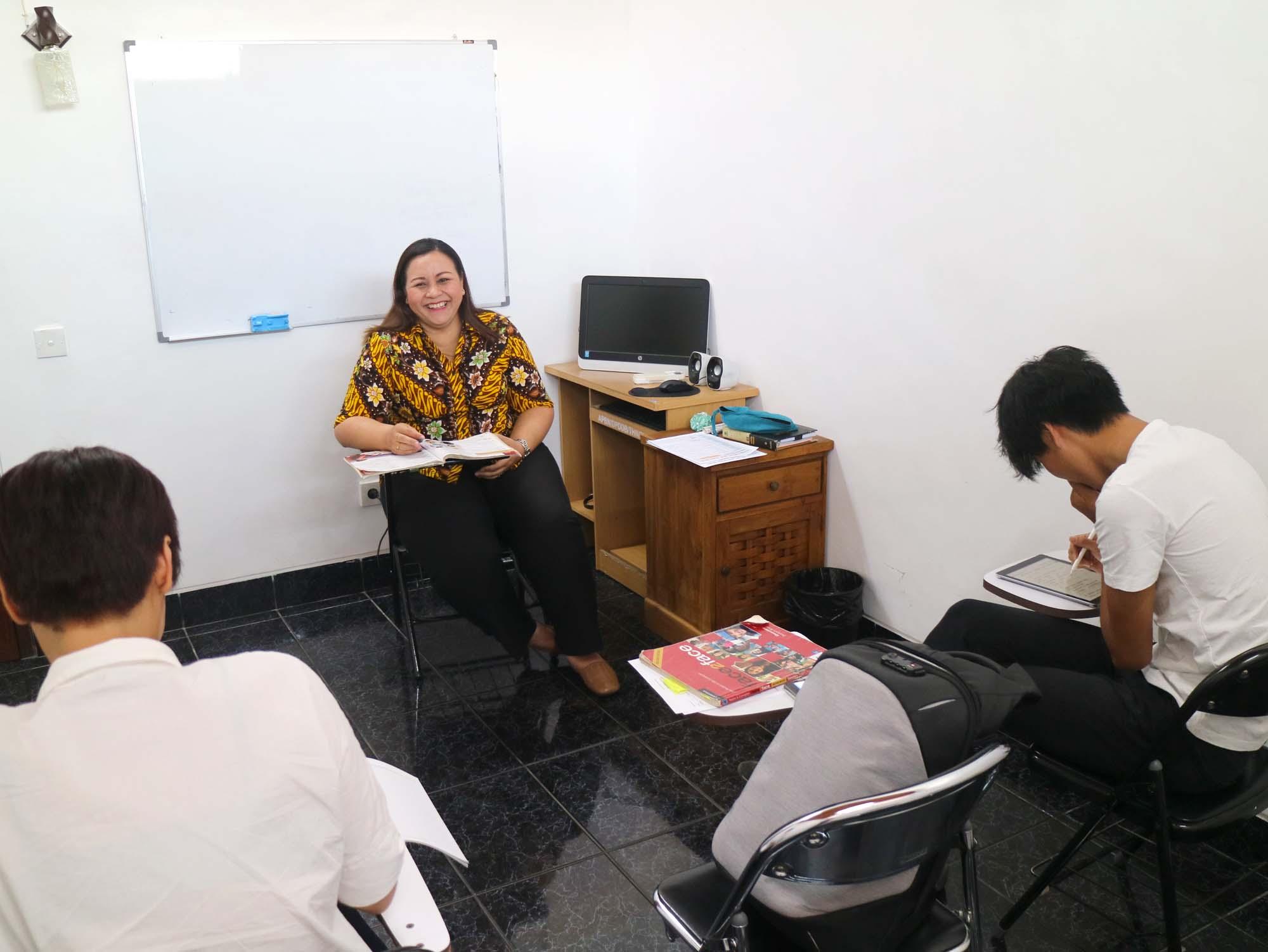 GlobalGateのマリナ先生